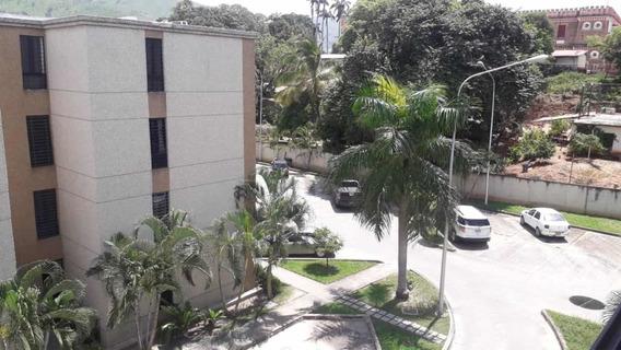 Venta De Apartamento En La Victoria , Urb. Palma Real
