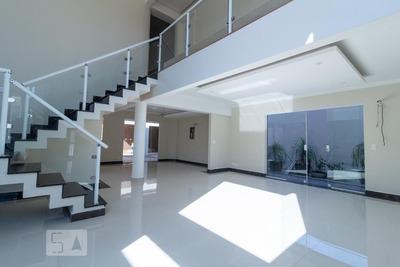 Casa Com 4 Dormitórios E 8 Garagens - Id: 892919163 - 219163