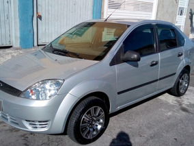 Fiesta Sedan 1.6 Flex - 2006