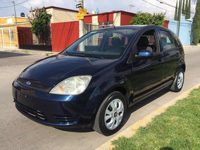 Ford Fiesta 1.6 First 5vel Aa Sedan Mt 2005