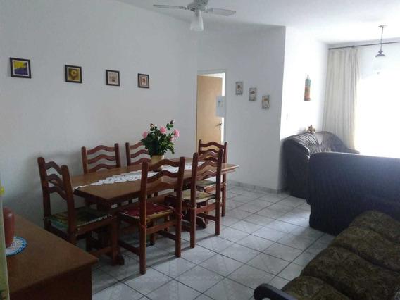 1 Dormitório 75m² De Área Útil - Excelente Localização