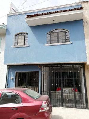 Residencial Casa Renta Los Robles Zapopan