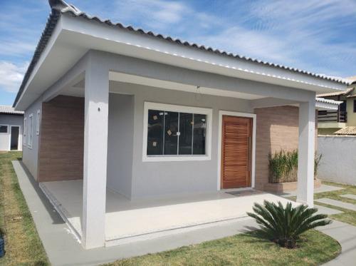 Imagem 1 de 9 de Fam756 Linda Casa Em Caxito Com 3 Quartos !!!