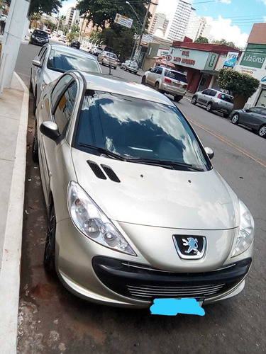 Imagem 1 de 11 de Peugeot 207 Passion 2010 1.4 Xr Flex 4p