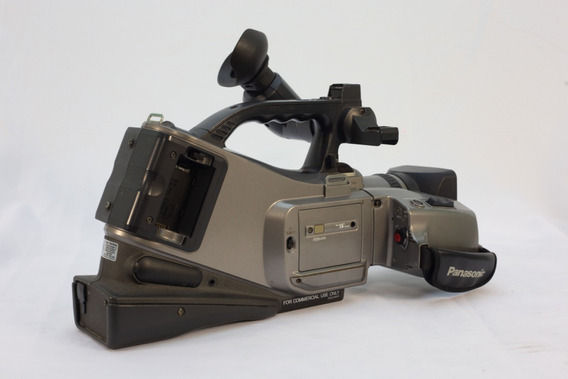 Câmera Profissional Panasonic 750x