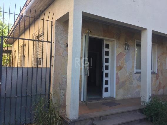 Casa Em Navegantes Com 3 Dormitórios - Bt9531