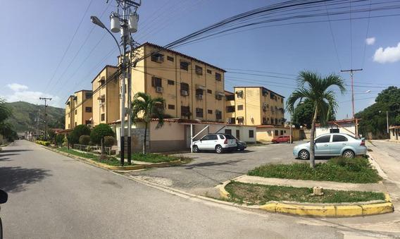 Apartamento En Alquiler Turmero Código: 20-20956 Mfc
