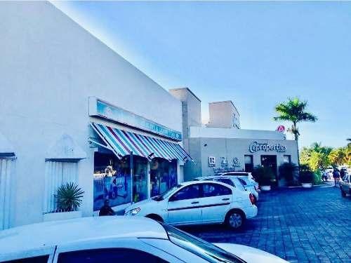 Oficina En Renta 56m2 Km 3.5 Zona Hotelera Cancun