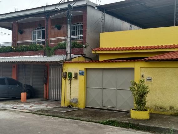 Condomínio Fechado Com 4 Casas E 1 Loja