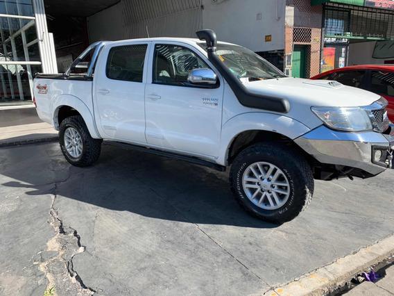 Toyota Hilux 3.0 Cd Srv I 171cv 4x4 2013 Retira $500.000