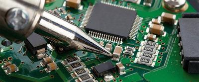 Reparo / Conserto Em Placa Eletrônica De Máquina De Bordar