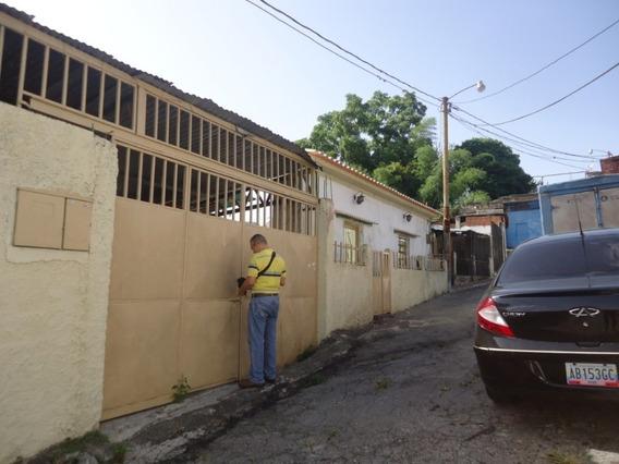 Casa Sector El Trabuco, Carretera Panamericana, Los Teques
