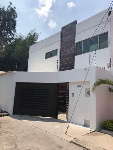 Casa En Fraccionamiento Con Vigilancia