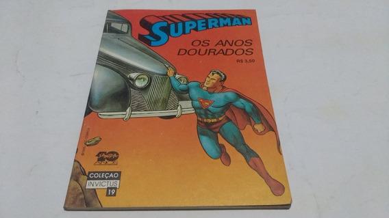 superman datând de 19 ani