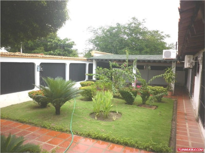 Espectacular Casa - Quinta En Venta! Urb. San Fernando 2000