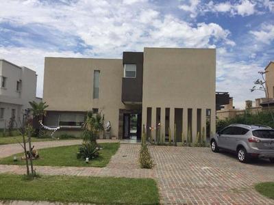 Casa - Nuevo Quilmes - Pileta