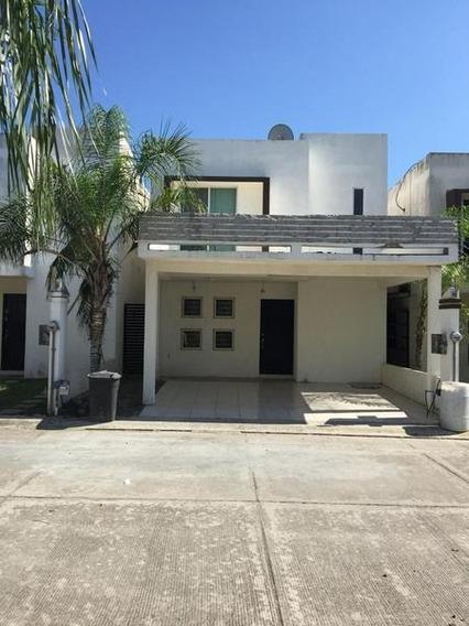 Casa En Venta Colonia Arenal, Tampico Tamps.