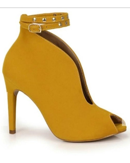 Ankle Boots Lara Caramelo-passarela