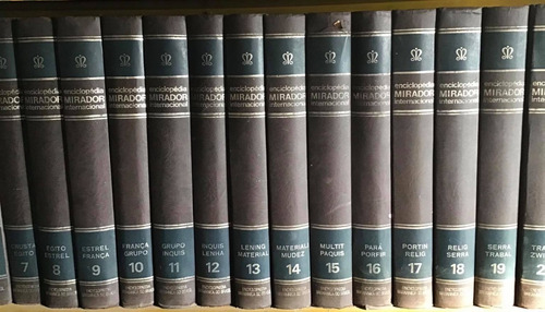 Enciclopédia Mirador Internacional Capa Dura + Livros Do Ano