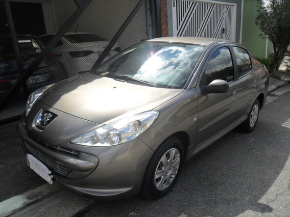 Peugeot 207 Passion 1.4 Xr 2012