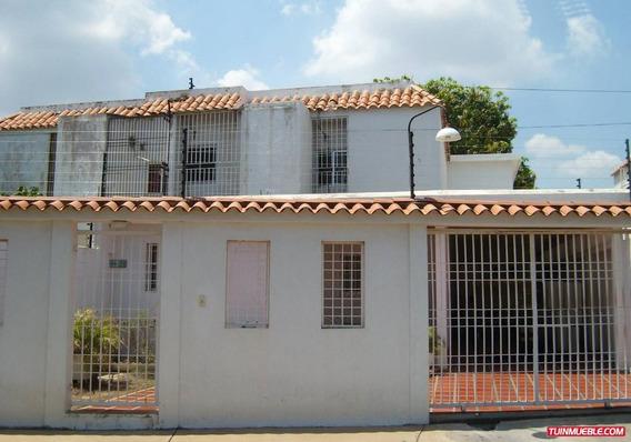 Casa Lago Azul