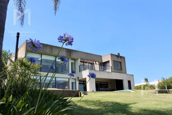 Casa - Venta - 5 Ambientes - Santa Catalina - Villa Nueva