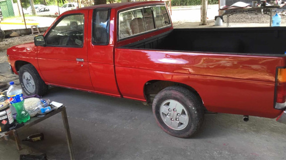 Nissan Pick-up Cabina Y Media
