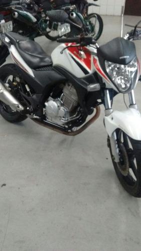 Imagem 1 de 3 de Honda Cb 300