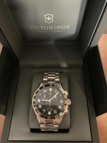 Relógio Victorinox Swiss Army Masculino Aço