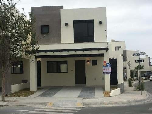 Casa Sola En Renta En Cumbres Dominio , García, Nuevo León