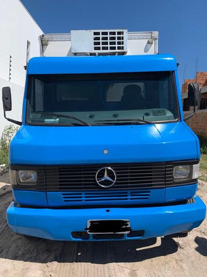 Mercedes-benz - Mb 710 - Com Baú Refrigerado