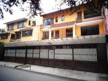 Casa En Venta En Santa Rosa Xochiac
