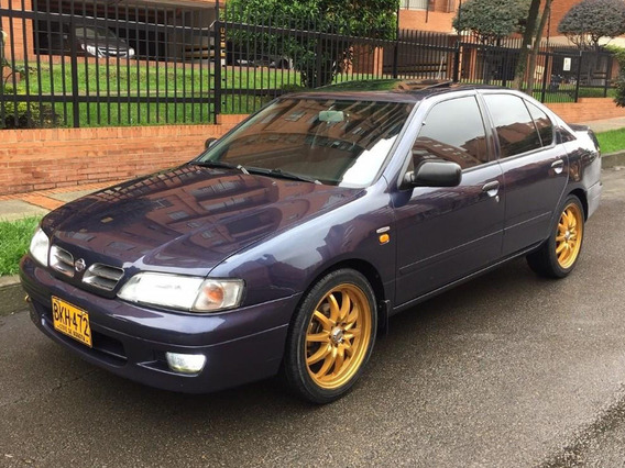 Nissan Primera Gxe 2.0at Sedan Aa