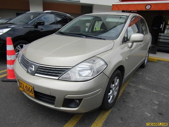 Nissan Tiida Premium 1.8 At