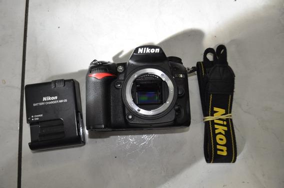 Nikon D 7000 -35 Mil Cliks