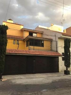 Hermosa Casa En Excelente Estado Y Preciosos Acabados