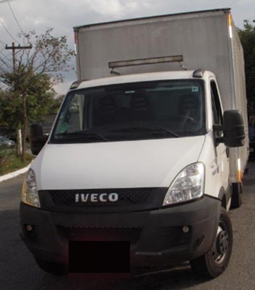Iveco Dailly 35s14 2014 Com Baú