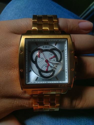 Relógio Dourado Ewc