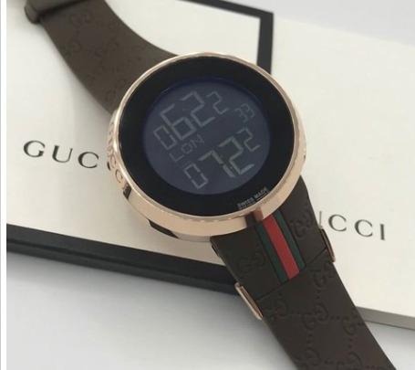 Relógio Gucci Digital Preto E Dourado