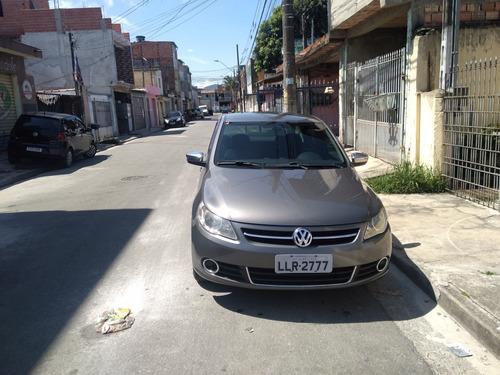 Imagem 1 de 5 de Volkswagen Voyage 2013 1.0 Trend Tec Total Flex 4p