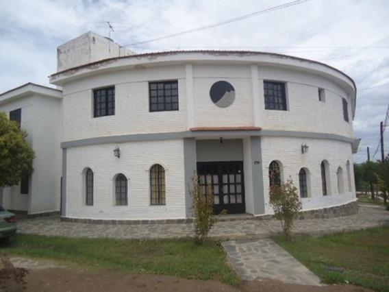 Hermoso Hotel De Dos Plantas,10 Hab. Con Casa Fliar Incluida