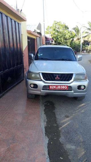 Vendo Yipeta Montero Sport 4x2