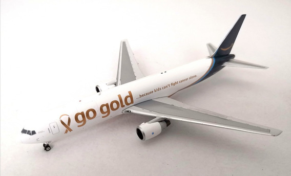 Amazon Prime Air Gold Boeing 767-300 1:400 Phoenix Models