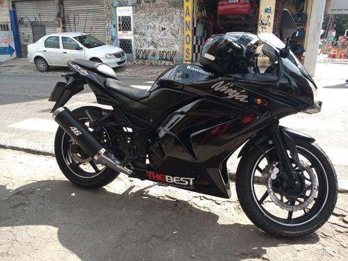 Imagem 1 de 10 de Kawasaki Ninja 250 R