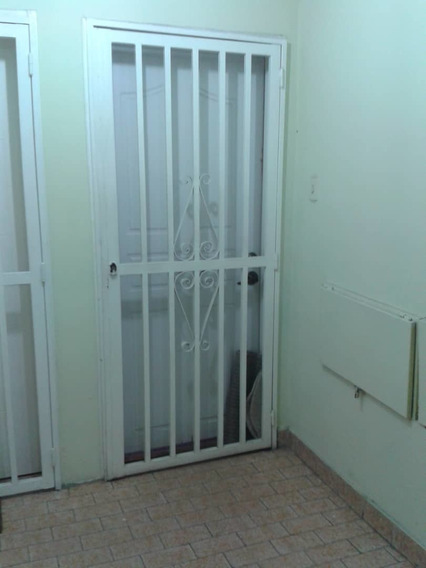 Apartamento En Venta Urb Base Aragua 04164336702