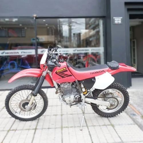 Honda Xr 250 Roja 2004