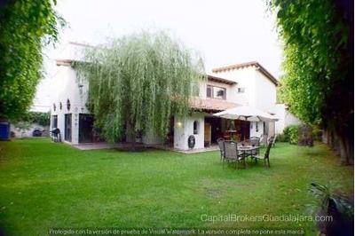 Residencia En Renta En Valle Real