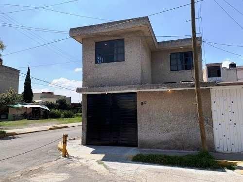 Excelente Oportunidad Casa En Venta Amplia Y En Esquina, Tultitlán.
