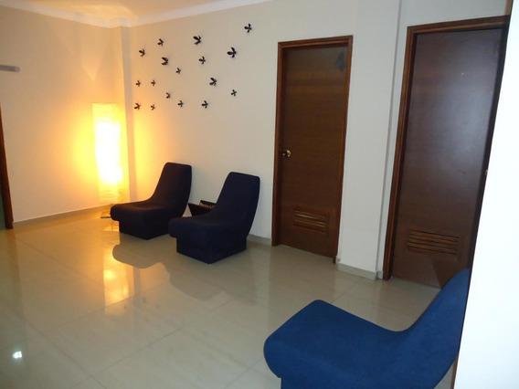 Oficina En Alquiler En Pueblo Nuevo, Maracaibo