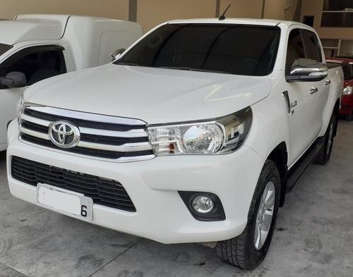 2017 Toyota Hilux Flex Baixo Km
